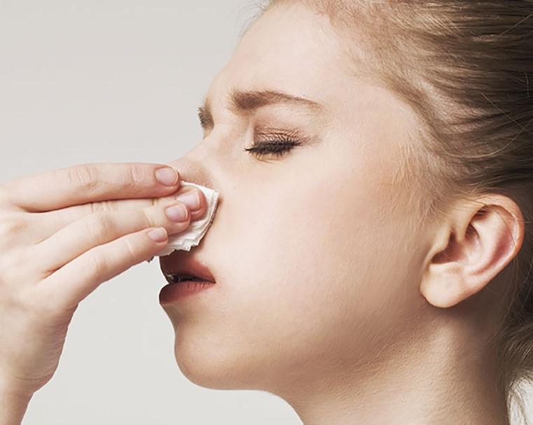 خشکی بینی